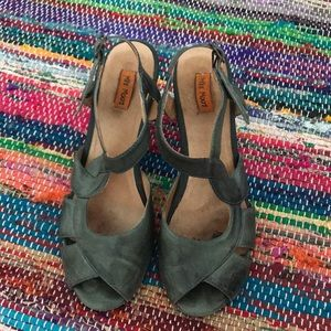 miz mooz guthrie kitten heel shoes